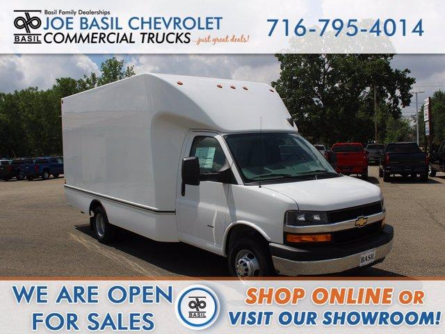 2020 Chevrolet Express 3500 RWD, Unicell Cutaway Van #20C186T - photo 1