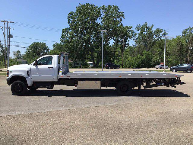 2020 Chevrolet Silverado 6500 Regular Cab DRW 4x4, Danco 12 Series Aluminum Rollback Body #20C250T - photo 10