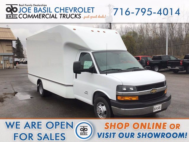 2020 Chevrolet Express 4500 DRW 4x2, Unicell Cutaway Van #20C263T - photo 1