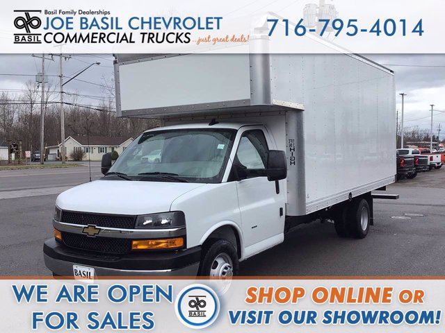 2020 Chevrolet Express 3500 DRW 4x2, Cutaway Van #20C271T - photo 1
