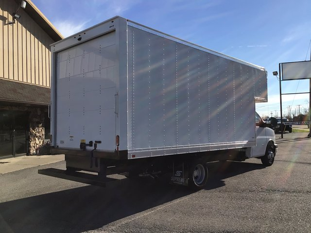 2020 Chevrolet Express 3500 DRW 4x2, Supreme Dry Freight #20C272T - photo 1