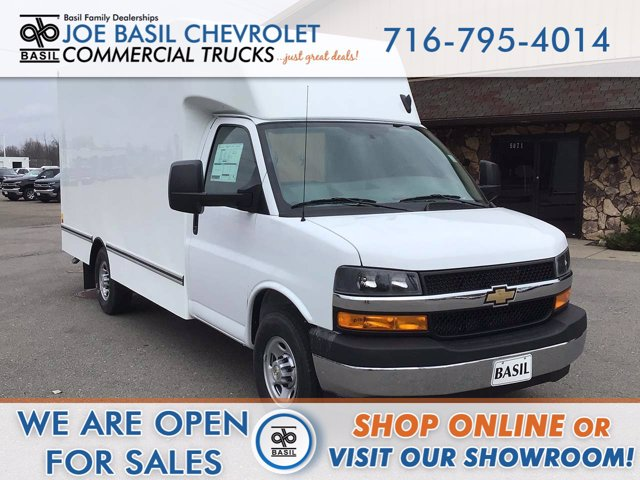 2020 Chevrolet Express 3500 4x2, Unicell Cutaway Van #20C287T - photo 1