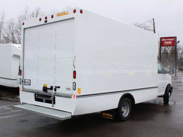 2020 Express 3500 4x2, Cutaway Van #20C63T - photo 1
