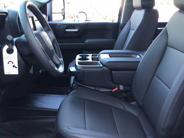 2021 Chevrolet Silverado 3500 Crew Cab AWD, Knapheide PGNB Gooseneck Platform Body #21C143T - photo 14