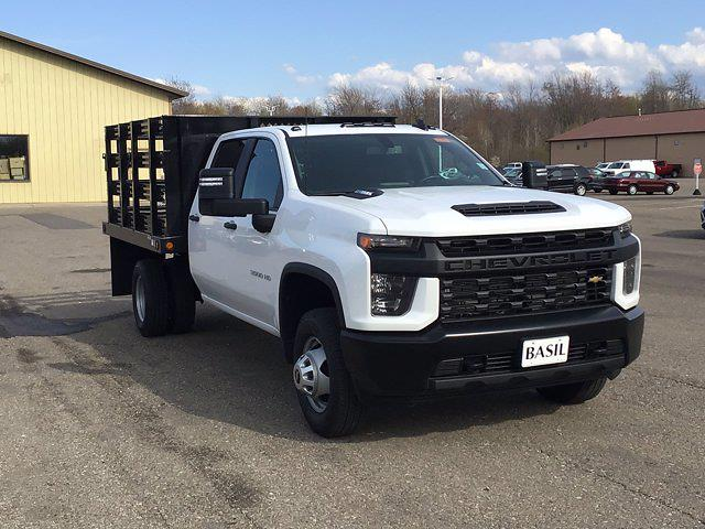 2021 Chevrolet Silverado 3500 Crew Cab AWD, Reading Steel Stake Bed #21C83T - photo 26