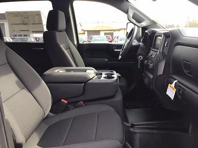 2021 Chevrolet Silverado 3500 Crew Cab AWD, Reading Steel Stake Bed #21C83T - photo 18