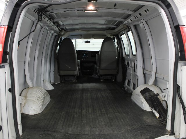 2014 Chevrolet Express 2500 4x2, Empty Cargo Van #FB42A - photo 1