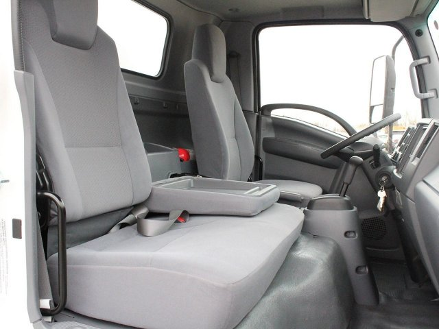 2017 LCF 4500 Regular Cab 4x2,  Unicell Cutaway Van #H2695 - photo 29