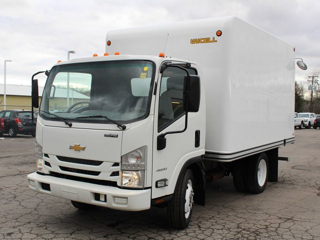 2017 LCF 4500 Regular Cab 4x2,  Unicell Cutaway Van #H2695 - photo 9