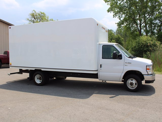 2018 Ford E-450 4x2, Cutaway Van #H3531 - photo 1