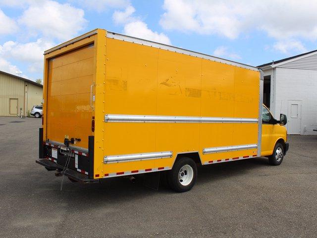 2017 GMC Savana 3500 RWD, Cutaway Van #H3584 - photo 1