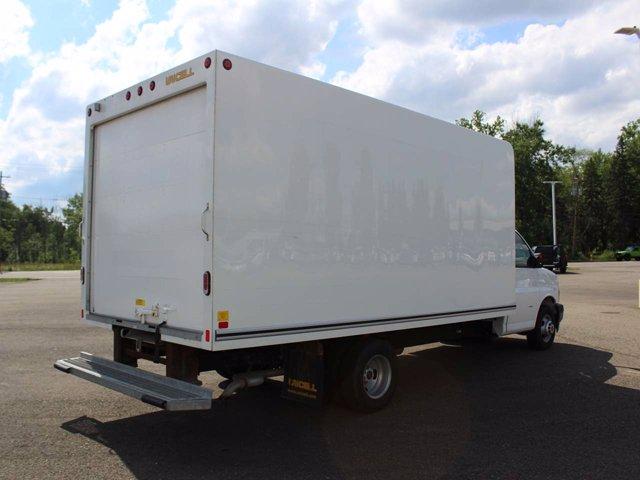 2019 GMC Savana 3500 RWD, Cutaway Van #H3591 - photo 1