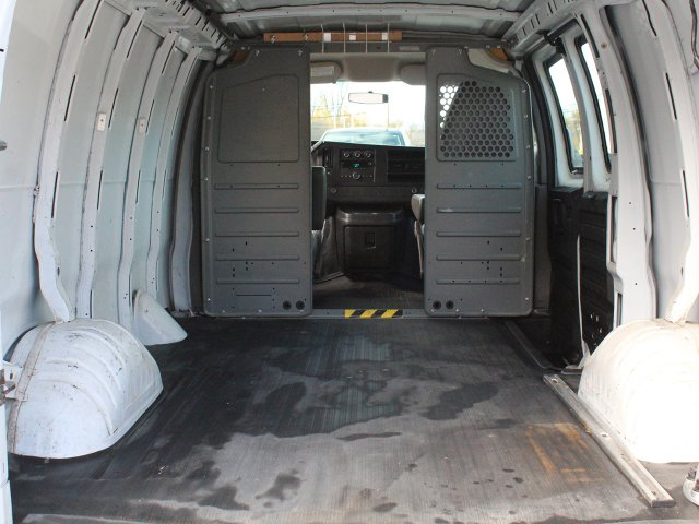 2010 Express 2500 4x2,  Empty Cargo Van #S3857A - photo 22
