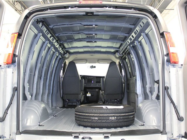 2016 Express 3500 Cargo Van #ZQ175 - photo 2