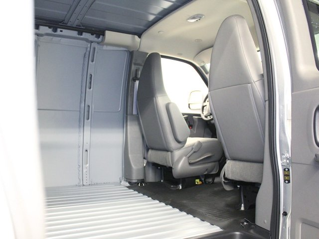 2016 Express 3500 Cargo Van #ZQ175 - photo 14