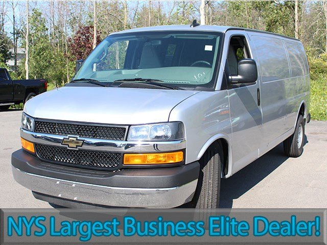 2016 Express 3500, Cargo Van #ZQ191 - photo 4