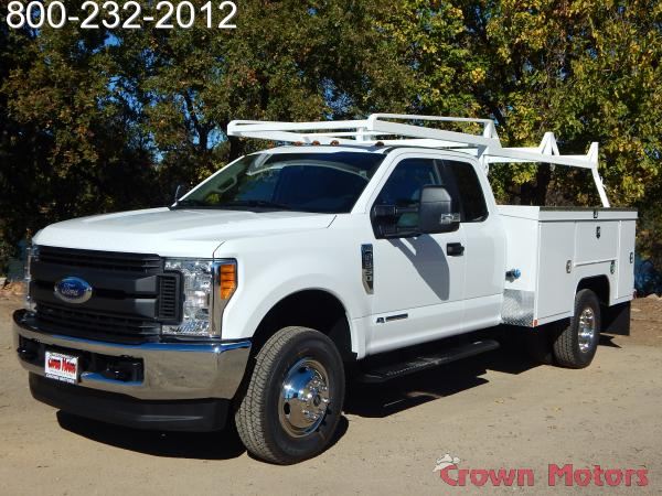 2017 F-350 Super Cab DRW 4x4, Scelzi Signature Service Service Body #17F1022 - photo 1