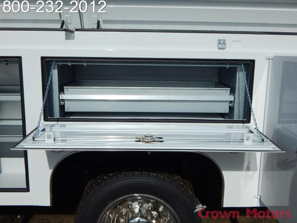 2017 F-550 Super Cab DRW 4x4,  Scelzi Mechanics Body #17F1069 - photo 8