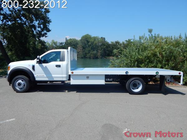 2017 F-550 Regular Cab DRW 4x4, Scelzi Platform Body #17F865 - photo 3