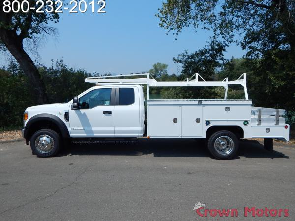 2017 F-550 Super Cab DRW 4x4, Scelzi Combo Body #17F866 - photo 3
