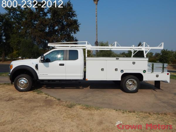2017 F-550 Super Cab DRW 4x4, Scelzi Combo Body #17F885 - photo 3