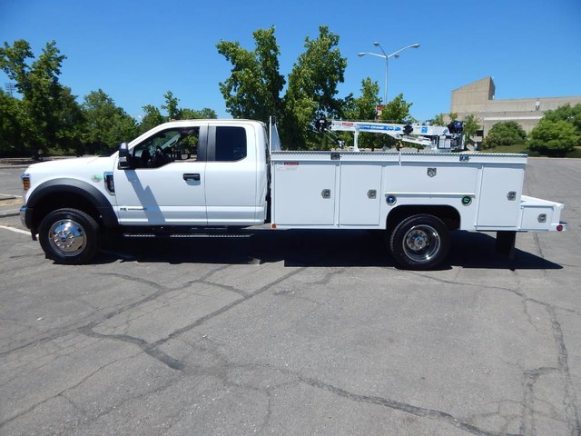 2018 F-550 Super Cab DRW 4x4,  Scelzi Signature Mechanics Body #18F639 - photo 4