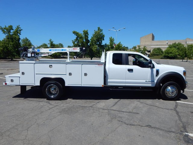 2018 F-550 Super Cab DRW 4x4,  Scelzi Signature Mechanics Body #18F639 - photo 17