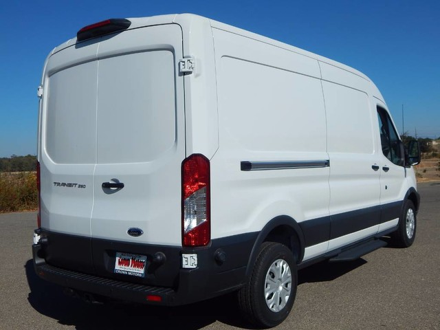 2018 Transit 250 Med Roof 4x2,  Empty Cargo Van #18F778 - photo 9