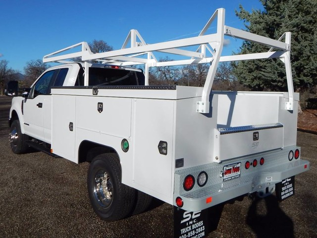 2019 F-350 Super Cab DRW 4x4,  Scelzi Service Body #19F142 - photo 2
