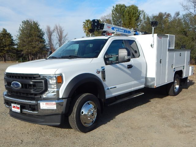 2020 Ford F-550 Super Cab DRW 4x4, Scelzi Western Crane Body with 7000# AutoCrane #20F816 - photo 1