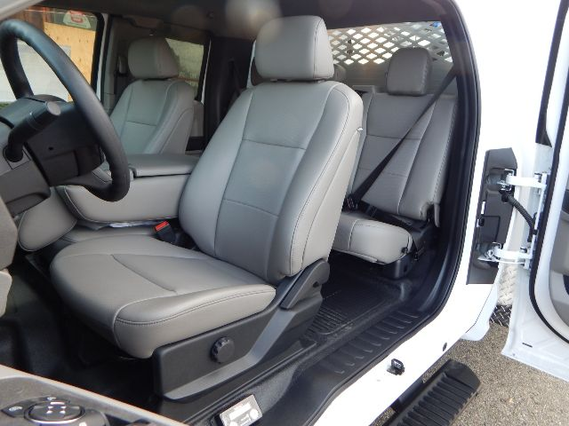2020 Ford F-550 Super Cab DRW 4x4, Scelzi Western Crane Body with 7000# AutoCrane #20F816 - photo 36
