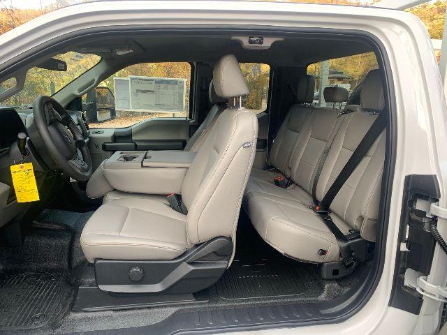 2020 Ford F-350 Super Cab 4x4, XL, 9ft Scelzi Signature Service Body, SRW #20F822 - photo 19