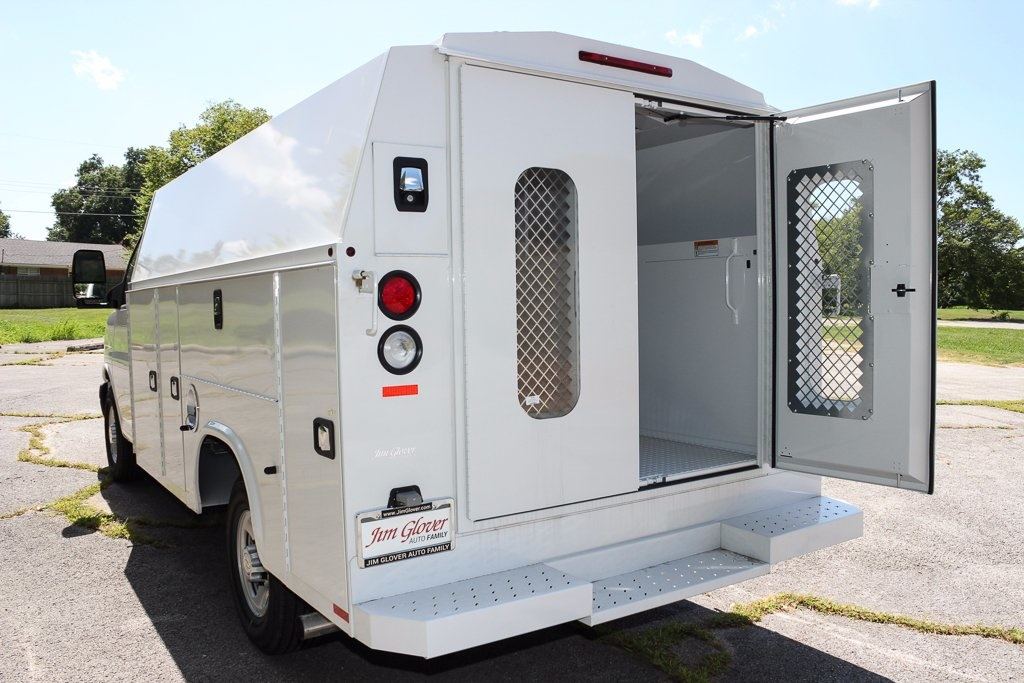 2016 Express 3500, Cutaway Van #T37192 - photo 6