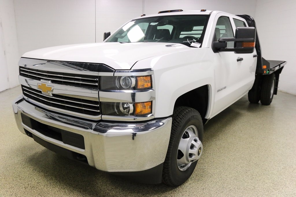 2016 Silverado 3500 Crew Cab 4x4, Hauler Body #T38509 - photo 26