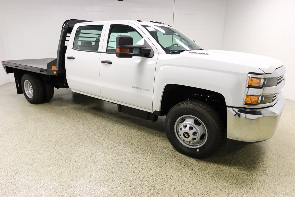 2016 Silverado 3500 Crew Cab 4x4, Hauler Body #T38509 - photo 4