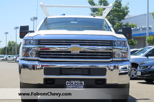 2017 Silverado 3500 Double Cab, Knapheide Service Body #71119F - photo 3