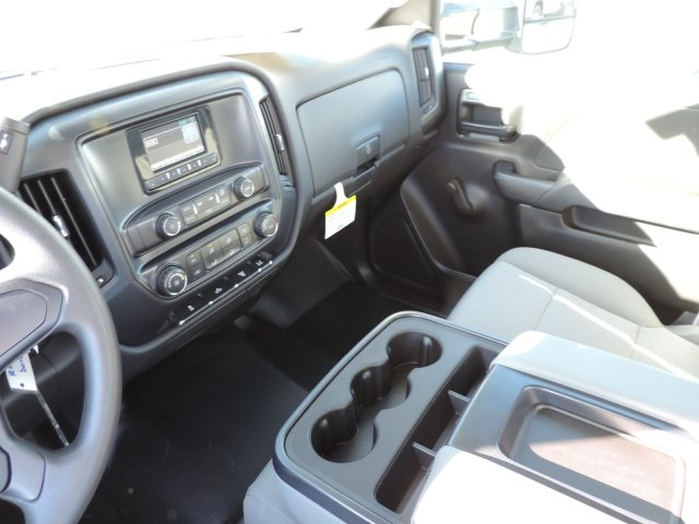2015 Silverado 3500 Regular Cab, Harbor Contractor Body #M15981 - photo 23