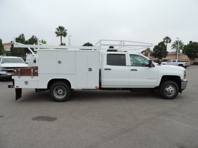 2016 Silverado 3500 Crew Cab, Harbor Combo Body #M161019 - photo 9