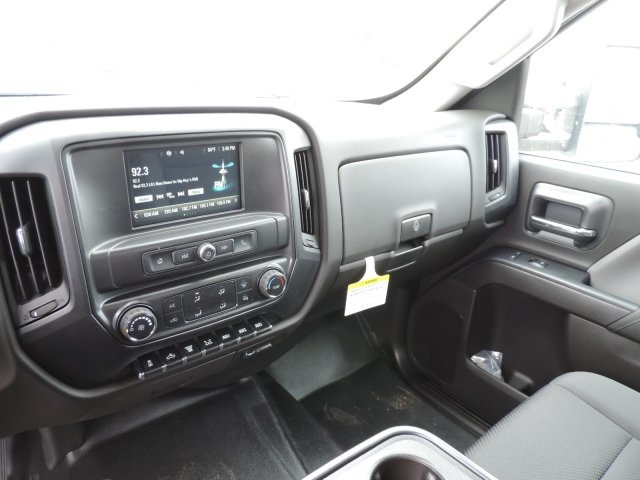 2016 Silverado 3500 Crew Cab, Harbor Combo Body #M161019 - photo 24