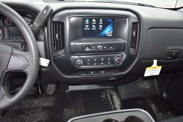 2016 Silverado 3500 Crew Cab, Harbor Combo Body #M161025 - photo 24