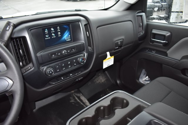 2016 Silverado 3500 Crew Cab, Harbor Combo Body #M161025 - photo 25