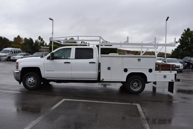 2016 Silverado 3500 Crew Cab, Harbor Combo Body #M161025 - photo 6