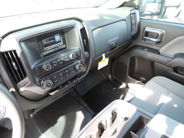 2016 Silverado 3500 Crew Cab, Harbor Flat/Stake Bed #M161028 - photo 20
