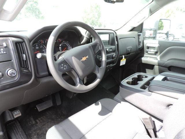 2016 Silverado 3500 Crew Cab, Harbor Contractor Body #M161031 - photo 19