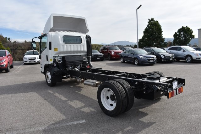2016 Low Cab Forward Regular Cab, Cab Chassis #M161078 - photo 7