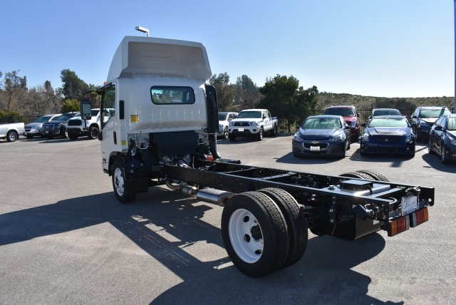 2016 Low Cab Forward Regular Cab, Cab Chassis #M161081 - photo 7