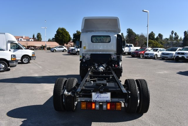 2016 Low Cab Forward Regular Cab, Cab Chassis #M161081 - photo 8