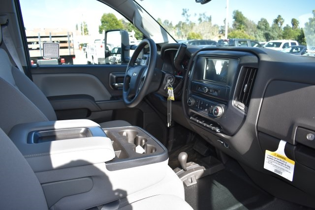 2016 Silverado 3500 Crew Cab 4x4, Harbor Contractor Body #M162000 - photo 14
