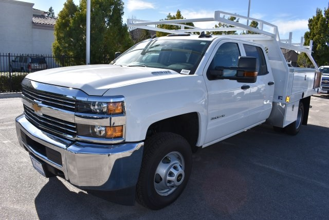 2016 Silverado 3500 Crew Cab 4x4, Harbor Contractor Body #M162000 - photo 6
