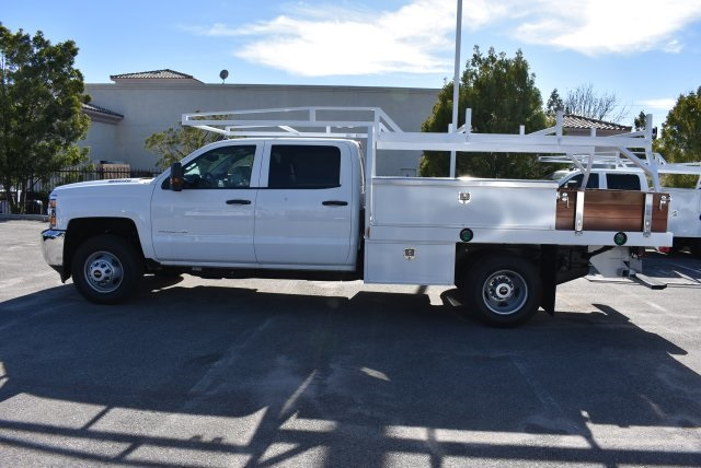 2016 Silverado 3500 Crew Cab 4x4, Harbor Contractor Body #M162000 - photo 7